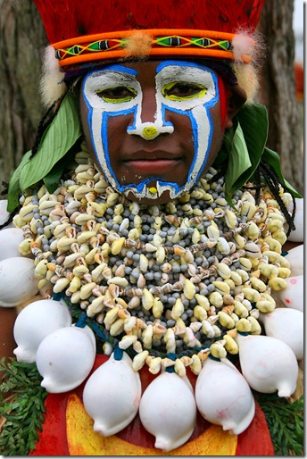 Eric Lafforgue - Papua New Guinea - shells decoration