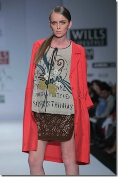 WIFW SS 2011 collection by Vineet Bahl (10)