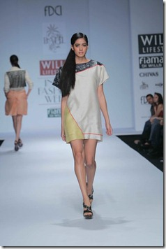 WIFW SS 2011 collection by Vineet Bahl (18)
