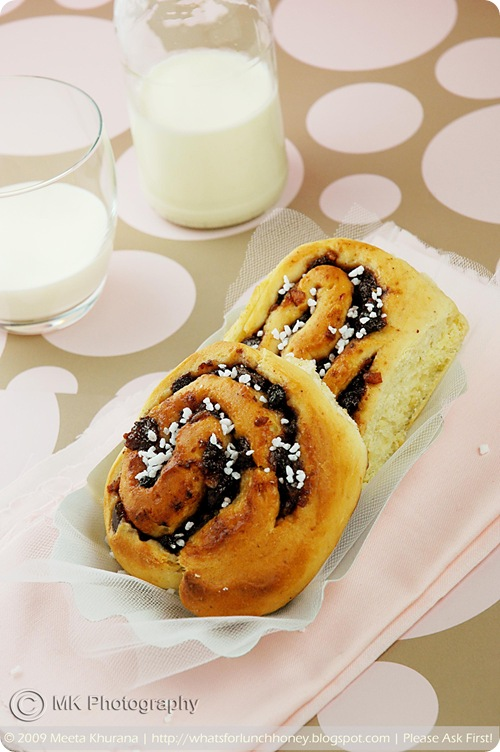 Cranberry Port Mincemeat Brioche Rolls (02) by MeetaK