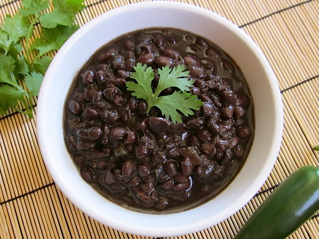 spicy slow cooker black beans