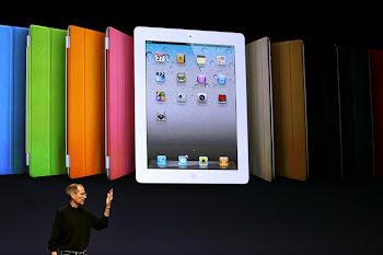乔布斯携iPad 2亮相