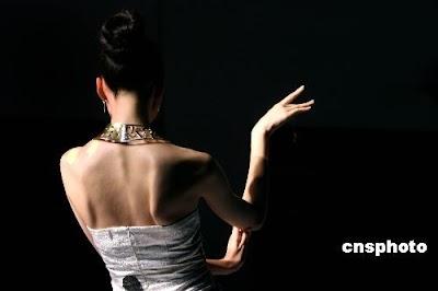 中国女人以温柔贤惠著称于世界.jpg