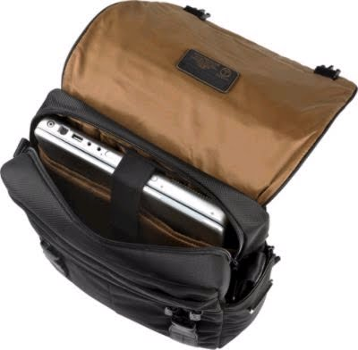 sangles sac à dos Tuck-là. L intérieur comprend un compartiment ordinateur  portable. Accessoire poche. Zip poche. Téléphone de poche. Pen boucles. 04174b22fdf
