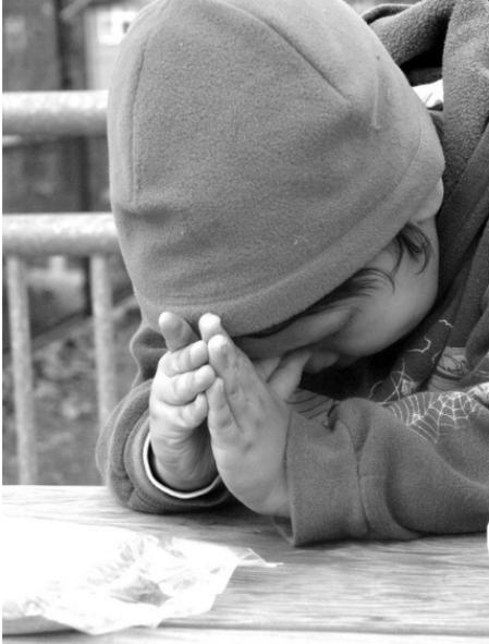 lūdz bez mitēšanās