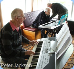 Peter Jackson sang and played the Korg for us whilst John Stent studies Peter Brophy's Yamaha PSR-910