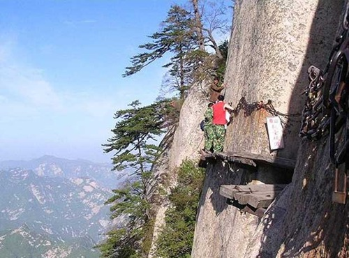 huashan mountain road (3)