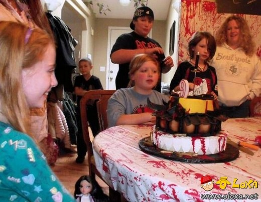 killer-birthday-cake07