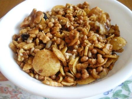 [apple raisin walnut granola[4].jpg]
