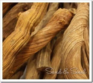 liana wood detail