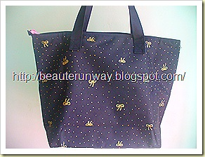 Tsumori Chisato Tote Bag Back View