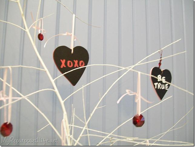 chalkboard tags (hearts)