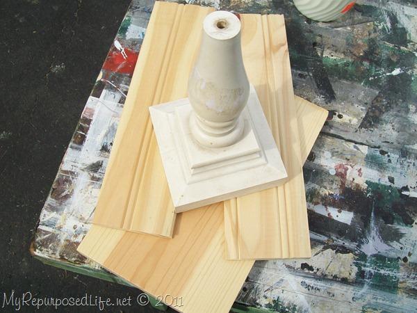 pedestal display stand (beadboard) (3)