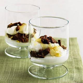 Yogurt Parfait With Crumbled Gingersnaps and Honey.