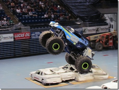 Monster Trucks 043