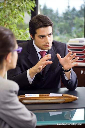 בוגר מנהל עסקים
