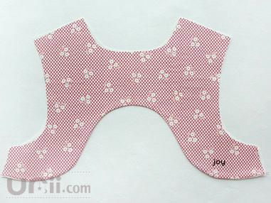 طريقة خياطة فستان طفله 4538827619.jpg