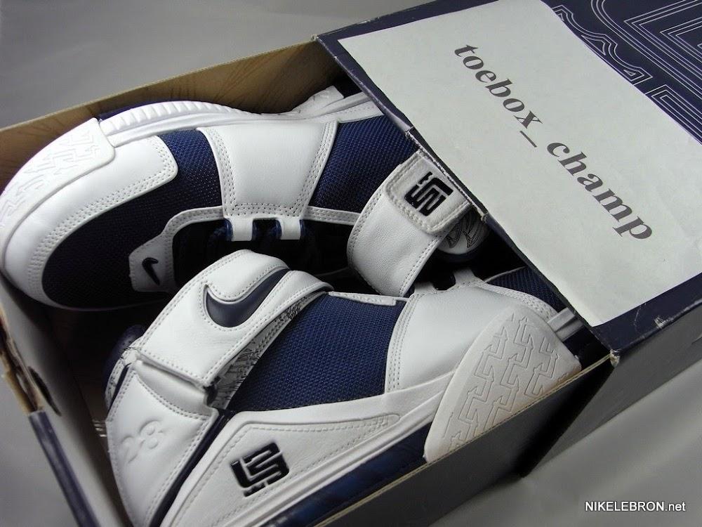 huge selection of fda65 992f5 ... Nike Zoom LeBron II 8211 Marshall Faulk 28 8211 Player Exclusive ...