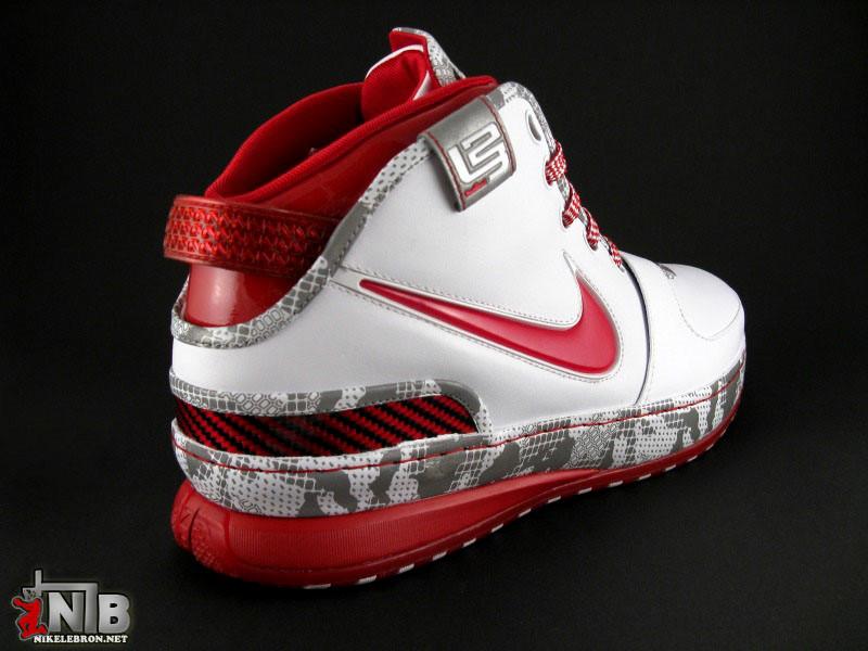 3c2e1ae08684 Ohio State Buckeyes Nike Zoom LeBron VI aka Home