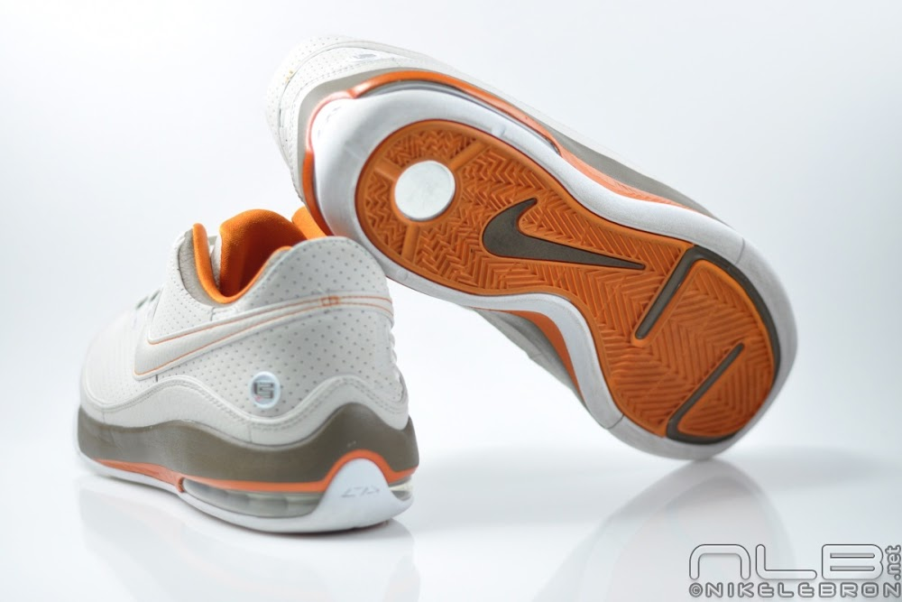 best service dbc42 0ef6e ... Nike LeBron VII Low Rumor Pack 8211 Cleveland Browns Showcase ...