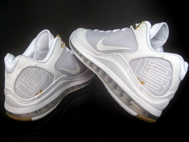 detailed look 77ba8 34611 ... White White-Metallic Gold. Air Max LeBron VII Low 8211 WhiteGold 8211  Debuts on June 4th 140 ...