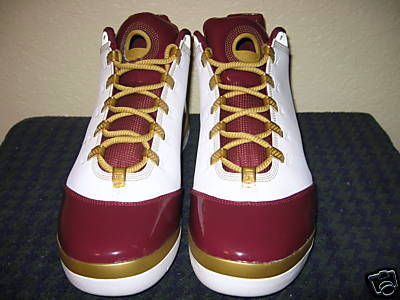 65c69a3bad3 ... Nike Zoom Soldier II Christ The King Home PE First Look ...