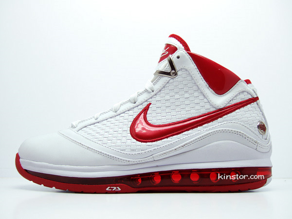 finest selection 08536 10406 Second Look at the White Varsity Red Nike Max LeBron VII 7 NFW ...