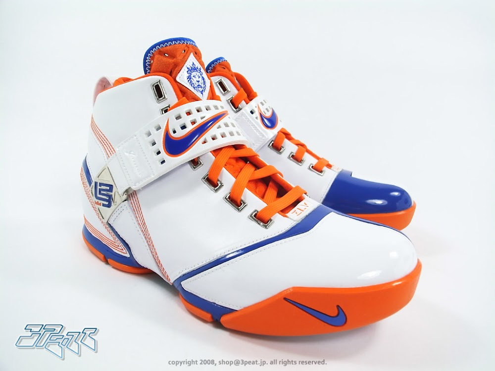 Throwback Thursday Nike Zoom LeBron V Hardwood Classic PE ... 13c99a04e