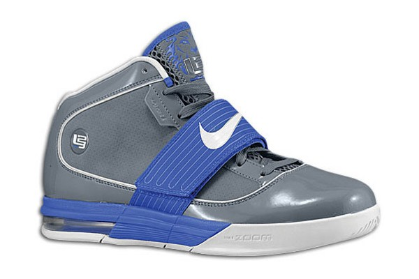 purchase cheap 26364 3ea30 Personalize your LeBrons: Zoom Soldier IV TB available at ...
