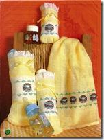 Punto de cruz toalla y  porta biberones canastilla