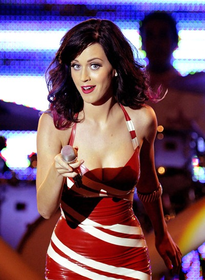 gallery_main-katy-perry-concert-titties-005