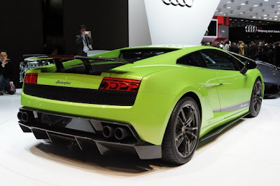 Lamborghini Gallardo LP570-4 Superleggera-03.jpg