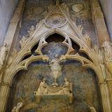 monestir pedralbes tomba claustre.jpg