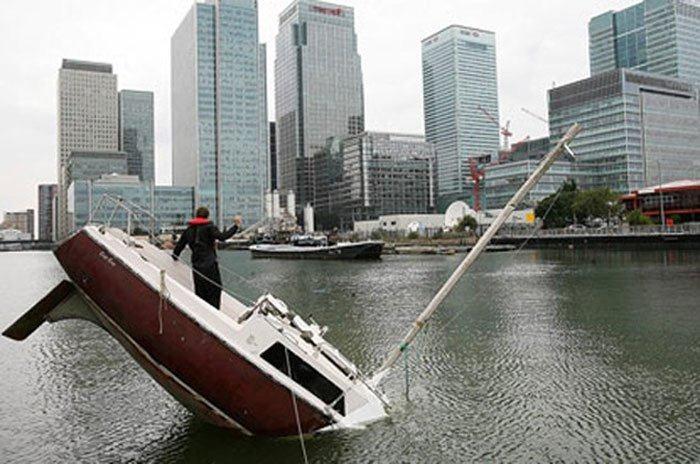 The Fantastic Sinking Boat By Julien Berthier Amusing Planet