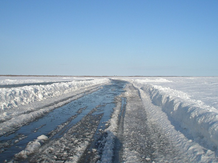 tuktoyaktuk-ice-road