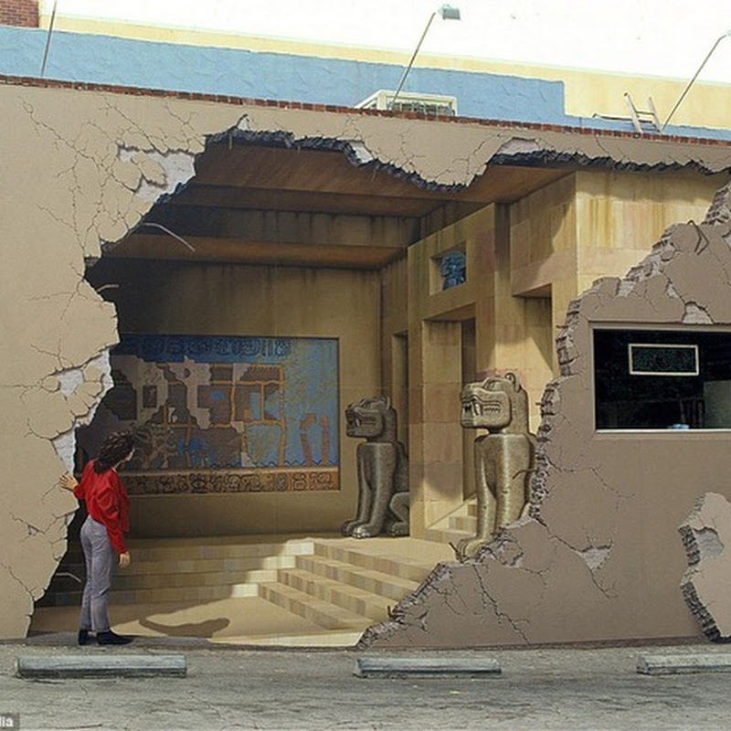 Eye Deceiving Wall Murals by John Pugh