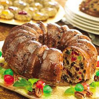 SMUCKER'S® Festive Fruitcake