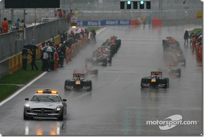 24.10.2010 Yeongam, Korea,  The race under the Safety car, Sebastian Vettel (GER), Red Bull Racing - Formula 1 World Championship, Rd 17, Korean Grand Prix, Sunday Race - www.xpb.cc, EMail: info@xpb.cc - copy of publication required for printed pictures. Every used picture is fee-liable. © Copyright: Batchelor / xpb.cc