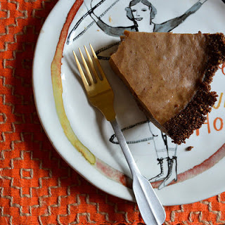 Vegan Pumpkin Pie With A Gingersnap Crust
