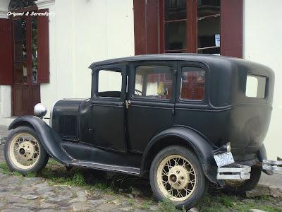 Autos antiguos, Autos de colección, Colonia del Sacramento, Uruguay, Elisa N, Blog de Viajes Argentina