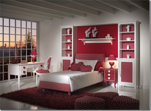 heart-themed-kids-room-red-polka-dot-design