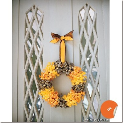 Halloween-Decorating-Wreath_597ED216-TN-orange