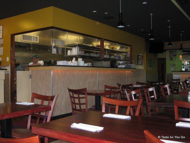 Sushi-Siam-Long-Island-City-NY-tasteasyougo.com