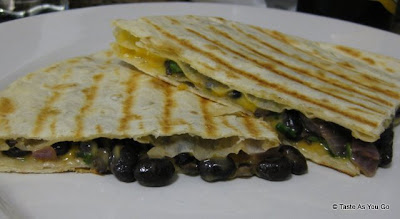 Black-Bean-Quesadillas-tasteasyougo.com