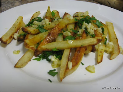 Garlic French Fries - Photo by Taste As You Go