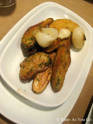 Roasted Fingerling Potatoes and Cippolini Onions at Craftbar in New York, NY - Photo by Taste As You Go