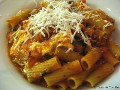 Rigatoni Pomodoro at Salute in Hartford, CT - Photo by Taste As You Go
