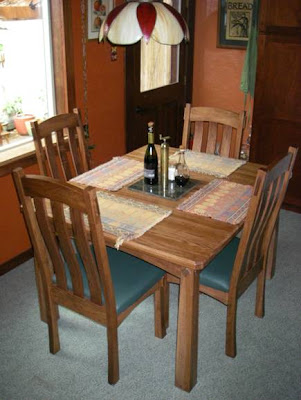 California dining set