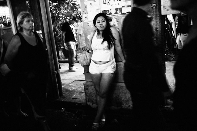 LOVE-AFFAIR---Patong---Thailand-2010-(People)---0001-