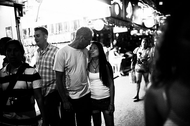 LOVE-AFFAIR---Patong---Thailand-2010-(People)---0004-